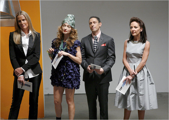 what is kelly wearstler wearing? Top Design