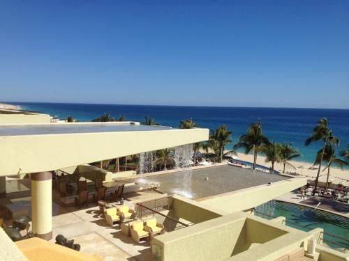 Secrets infinity pool resort
