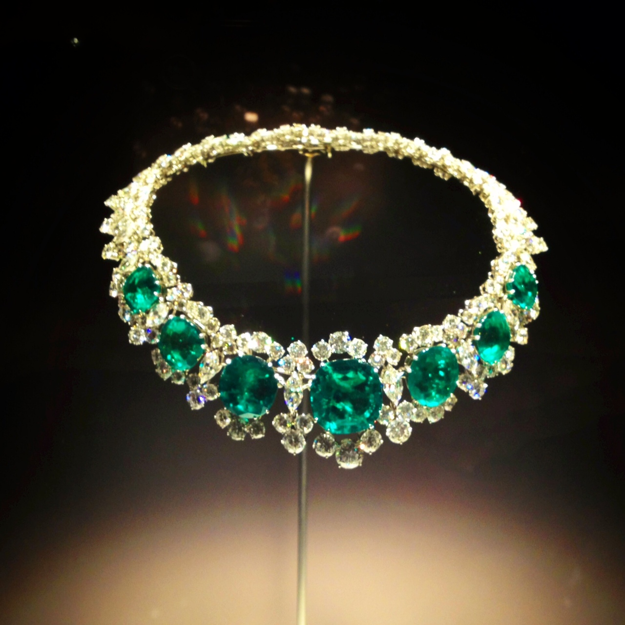 Bulgari emerald necklace